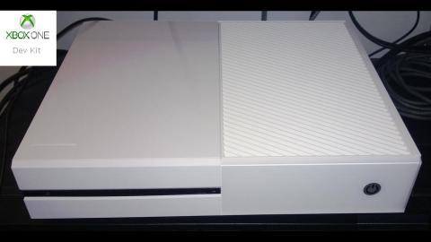 Xbox One branco - kit de desenvolvedor