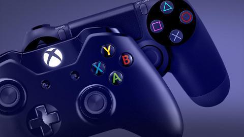 Xbox One controller & PS4 controller
