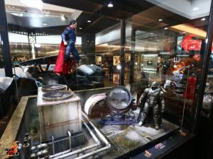 Superman vs Batman miniature Hot Toys