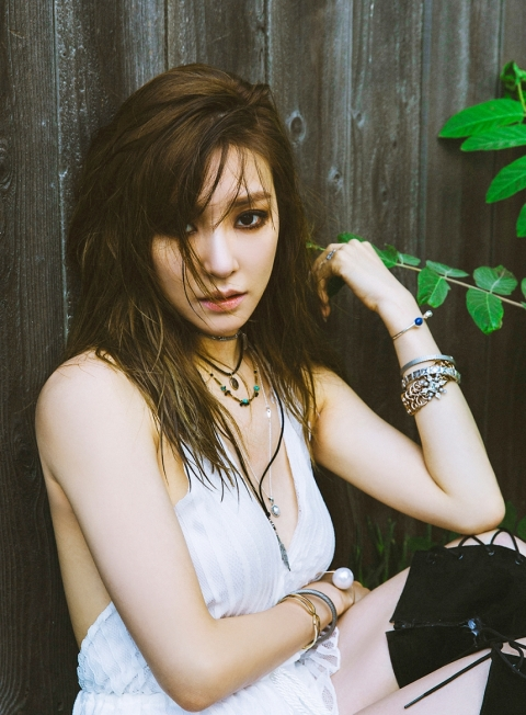 Tiffany - Heartbreak Hotel (5)