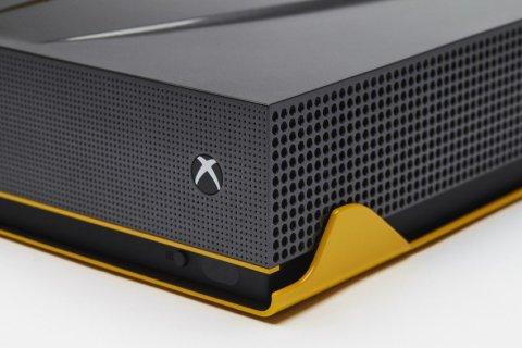 custom-xbox-one-s-lamborghini-centenario-xbox-one-s_2