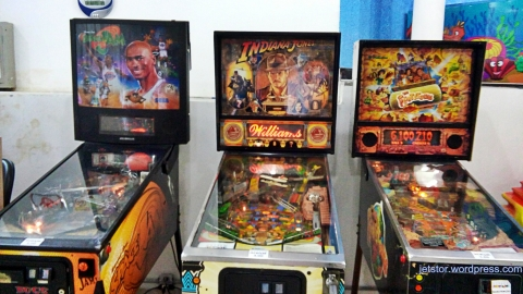 pinball-machines-w